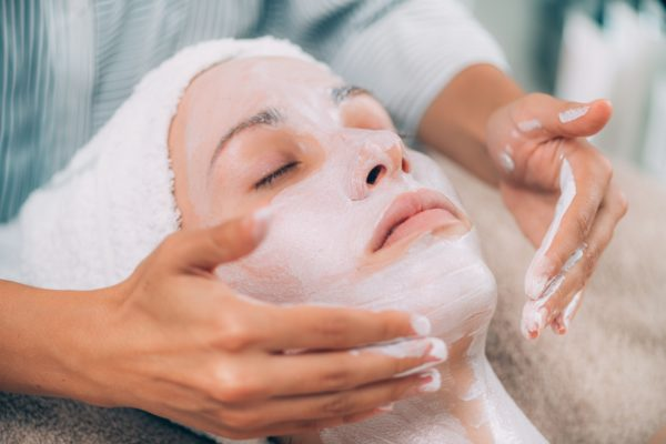 Rejuvenating Facial Skin Mask Treatment